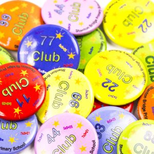 custom club badges, personalised button badges, printed badges