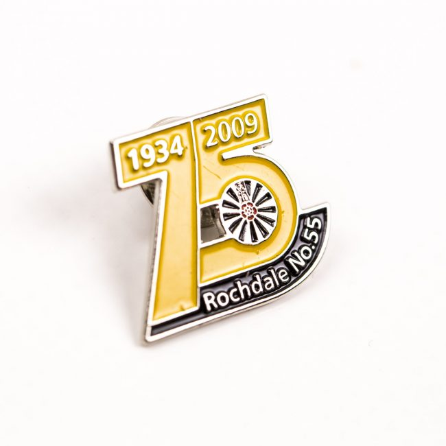 custom pin badges, personalised pin badges